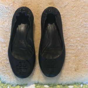 Tory Burch Black Pebbled Leather Size 10